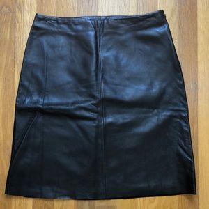 Like-New Black Genuine Leather Pencil Skirt